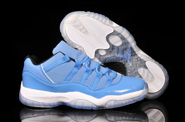 Air Jordan 11 Low Shoes Blue/White