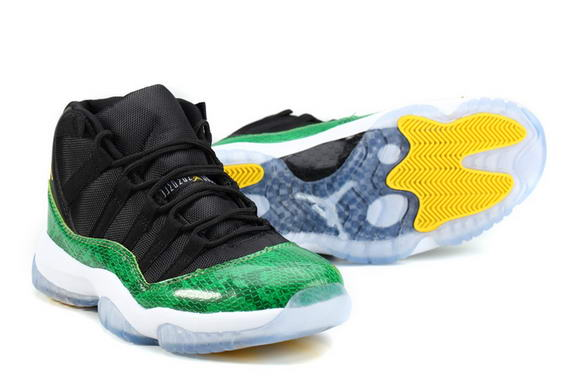 Air Jordan 11 Retro Shoes Black/green white