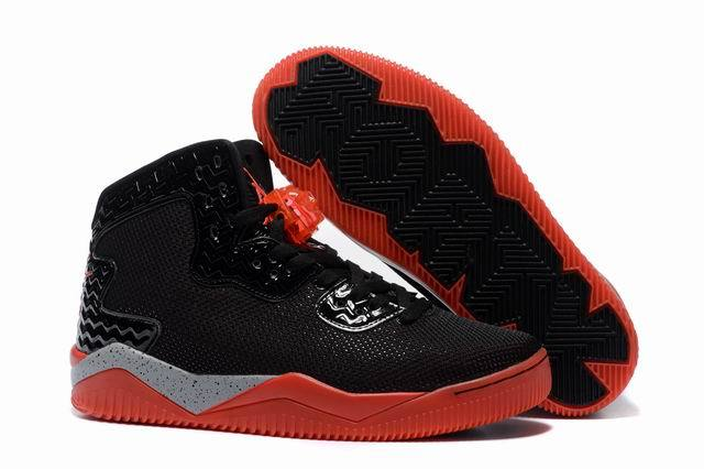 Jordan Spike 40 Shoes Black/red