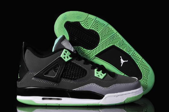 WMNS Jordan 4 Retro Shoes black/white/green
