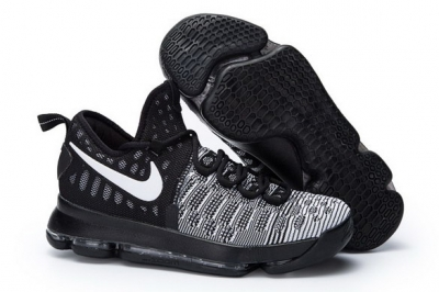 KD 9 Basketball Shoes Black/White
